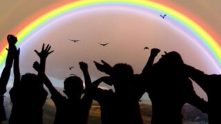 Kommentar: Adoptionsrecht und Familiengründung im LGBTQ+ Kontext