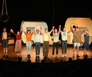 """""""Camping"""" - neues Stück im GOP Varieté Theater"""